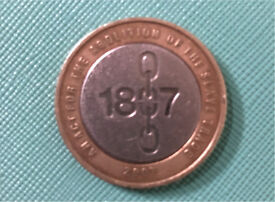 RARE (misprinted) £2 Coin!! Abolition of the slave trade 1807 (Great Condition)