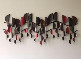 Wavy wall art