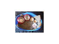 STURDY PLASTIC DOG BASKET, MATTRESS, 5 BOWLS, 4 RUGS & RAIN JACKET