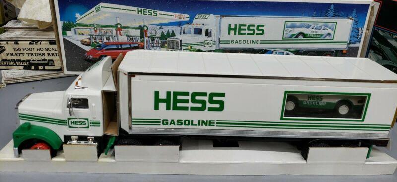 NEW 1992 HESS Gasoline Truck RACER 18 WHEELER Tractor Trailer New in Box