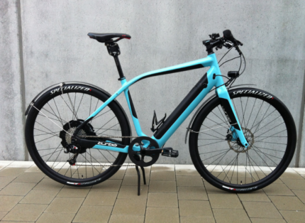 Specialized Turbo S + 2 chargers + spare wheels (rare aqua color)