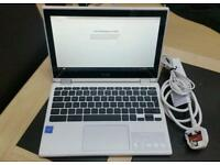 Acer chrome book R11 laptop computer..new