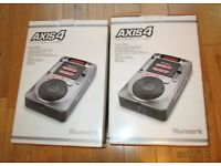 2 x DJ Numark AXIS4 Professional CD Players