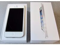 << WITH RECEIPT >> iPhone 5 16GB Silver/White Unlocked - Good Condition