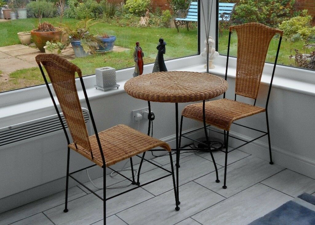 For Sale: Rattan Bistro Set, new condition, high quality and very stylish.