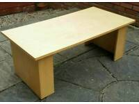 wooden coffee table. 118 x 60 x 45cm. In good usable condition.