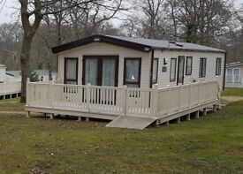 STATIC CARAVAN FOR SALE AT HOBURNE BASHLEY, NEW MILTON, BH25 (NEW FOREST / BOURNEMOUTH)