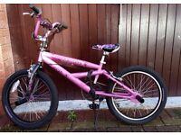 "Mongoose BMX freestyle Girls Bike 20"""