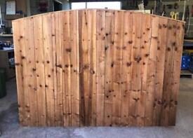🦋 Pressure Treated Brown Bow Top Wooden Garden Fence Panels
