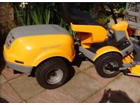 Stiga Park comfort ride on mower nearly new Electric deck
