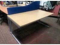 1600mm x 800mm Straight Oak Veener Desk
