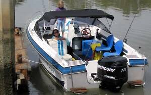 Fast capable and great fun family boat  / fishing platform Thornlands Redland Area Preview