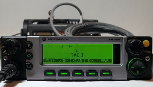 MOTOROLA XTL5000 VHF 136-174 MHz 110w P25 Digital Mobile Radio M20KTS9PW1AN XTL