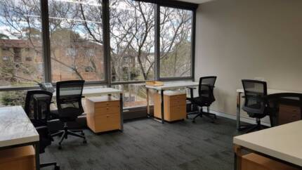 SPACIOUS SERVICED OFFICE SPACE - CONVENIENT LOCATION