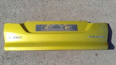 Ford Focus Titanium Tailgate Moulding Yellow 2.0l Diesel 2012 (F1744639)