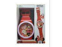 Disney Minnie Mouse Giant Wall Clock