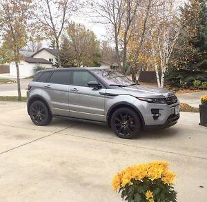 2014 Range Rover Evoque black edition