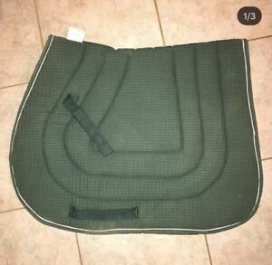 Green jumping saddle pad for sale!