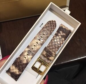 MICHAEL KORS ACCESS Bradshaw Leather Smartwatch Strap