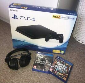 PS4 slim 500gb with modern warfare + GTA V