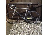 C Boardman Pro 2014 Full Carbon Road Bike - Specialized Cannondale Felt Trek Giant BMC Felt