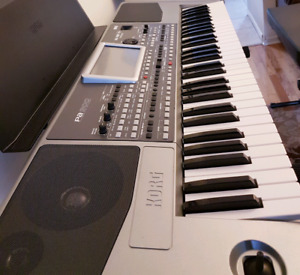 Korg Pa   Buy or Sell Used Pianos & Keyboards in Ontario