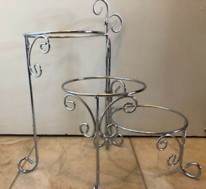NEW! Adjustable 3 tier metal cake stand