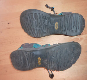 KEEN outdoor sandals, women's 6 $20, others size 5 $10 Kitchener / Waterloo Kitchener Area image 2