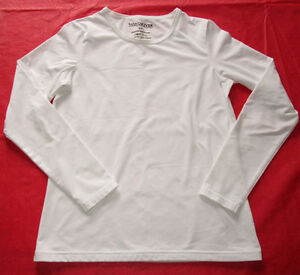 Girls Windriver long sleeve t-shirt in size Small (fits 14/16)