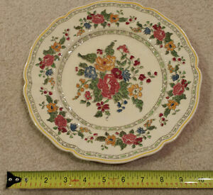 """1 (one) Royal Doulton """"The Cavendish"""" dinner plate"""