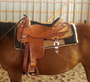 """Western Saddle 17""""  $800 OBO"""