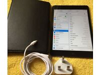 """iPad mini 7.9""""Inches, 64Gb + Cellular unlocked - Very good looked after!!!!"""