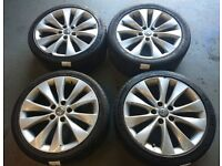 "Genuine OEM Vauxhall Astra GTC 18"" 5x115 alloy wheels (one buckled wheel hence price)"