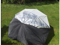 "Calumet 60"" Silver/White Umbrella (Excellent condition)"