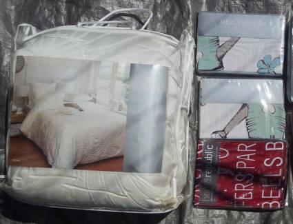 NEW $520 Luxury Bedding & 3 European Pillowcases (Mercer Reid)