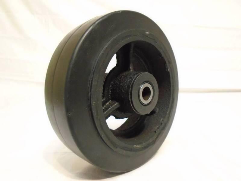 """6"""" x 2"""" Rubber Wheel on Steel Hub w/ Roller Bearing & FREE 1/2"""" Bushing 550lb"""