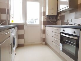 £1700 3 bedroom house located on quiet residential road in Lee. All local transport links.