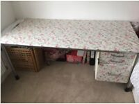 Large desk with lockable filing drawer