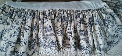 CUSTOM MADE TWIN BLACK, CREAM, AND WHITE TOILE BED SKIRT-USED ()