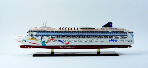 "Norwegian Dawn Liberty Statue Handmade Wooden Cruise Ship Model 40"""