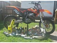 Ktm sx 125 2014 come with a lot of spares