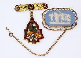 GORGEOUS VICTORIAN 9CT GOLD MOUNTED JASPER WARE CAMEO BROOCH WEDGWOOD HALLMARKS MADE ENG GT WORK ART
