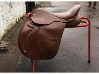 17.5 Medium Close Contact English Saddle