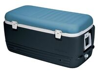 Igloo Max Cold 114L - Cool Box or Eski for summer. Keep drinks and food ice cold!