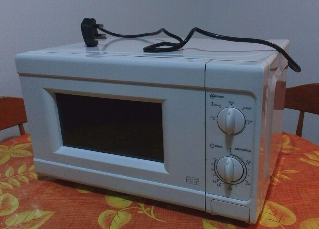 Argos Microwave Oven 650 700 W In Hounslow London