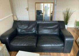 2 SEATER LEATHER SOFA. Free delivery!!!