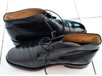 BEAUTIFUL BURBERRY BLACK LEATHER CHELSEA ANKLE SHOES - SIZE 8.5 - 43 - PRISTINE CONDITION