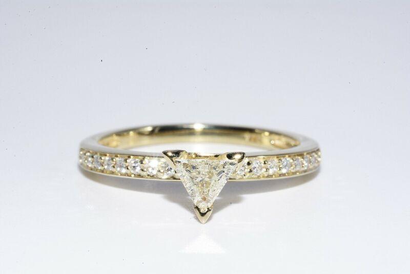 $3,000 .55CT NATURAL TRILLION CUT WHITE DIAMOND ENGAGEMENT RING 14K YELLOW GOLD