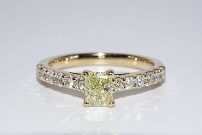 $9,000 1.28CT GIA CERTIFIED NATURAL FANCY LIGHT YELLOW DIAMOND RING 14K GOLD