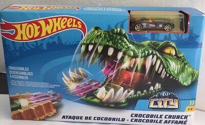 Mattel Hot Wheels Crocodile Crunch Action Track Builder Playset